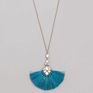Rhinestone Crystal & Tassel fan necklace in blue